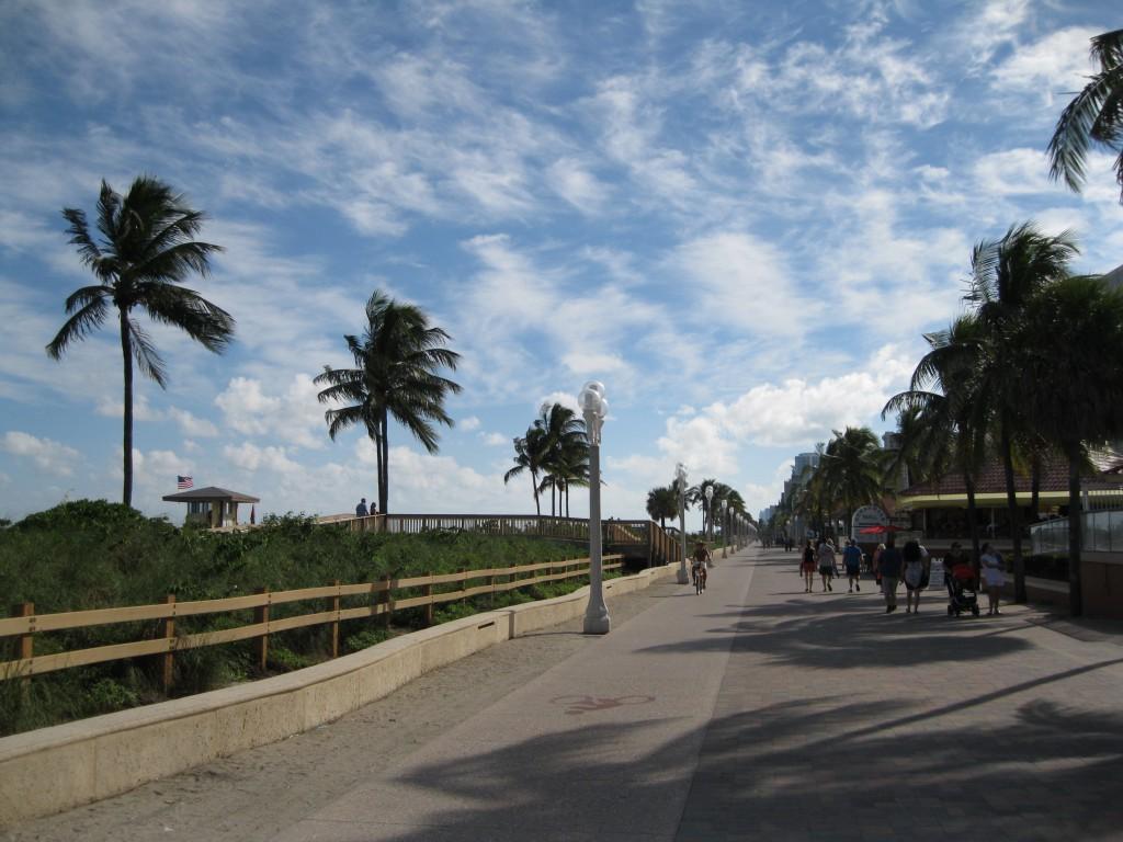 Promenade at Hollywood Beach