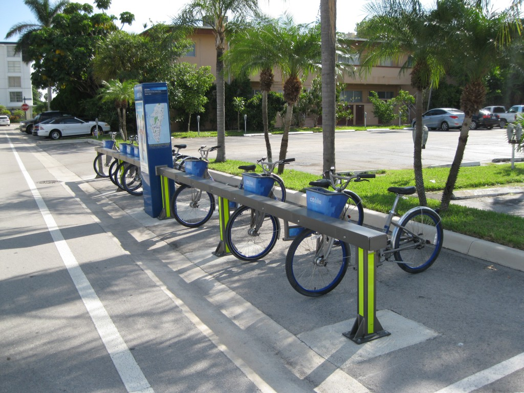 Decobike Docking Station at 95th Street and E Bay Harbor Drive on Bay Harbor Islands