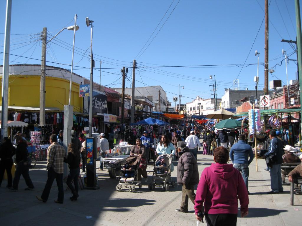 Market at Plaza de Armas in Juárez