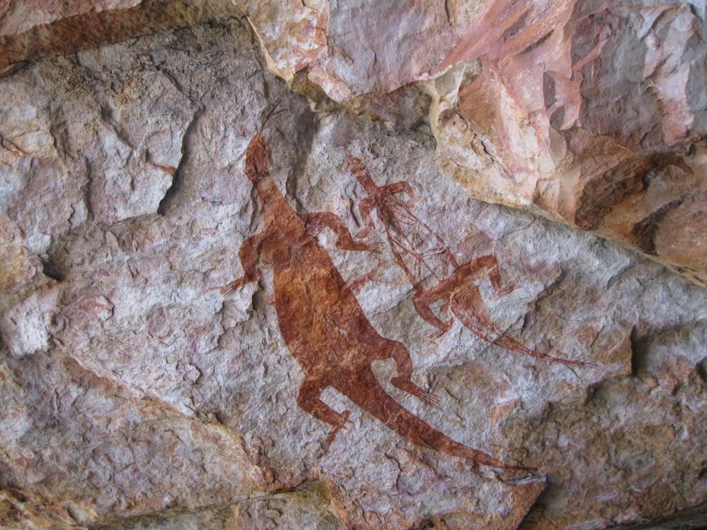 Aboriginal art work on Injalak Hill of a Goanna and an X-ray of a Goanna