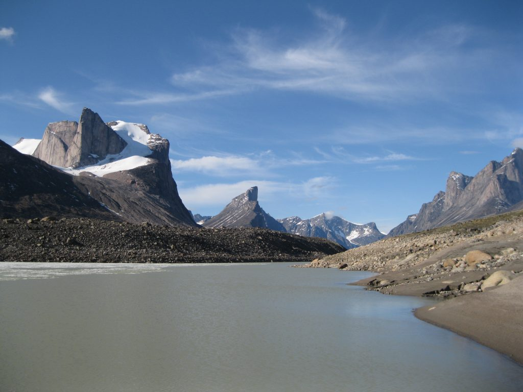 Mount Breidablik to the left, Mount Thor in the centre and Mount Northumbria to the right at Summit Lake