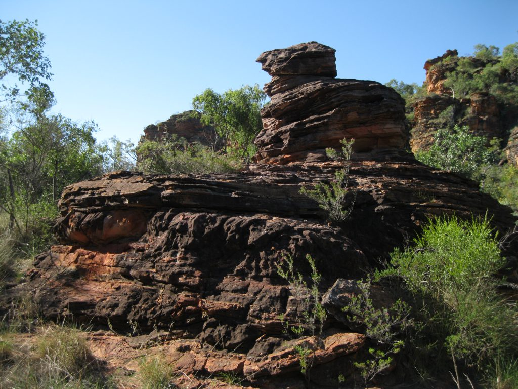 Rock formation on the Gerliwany-gerring Banan Trail