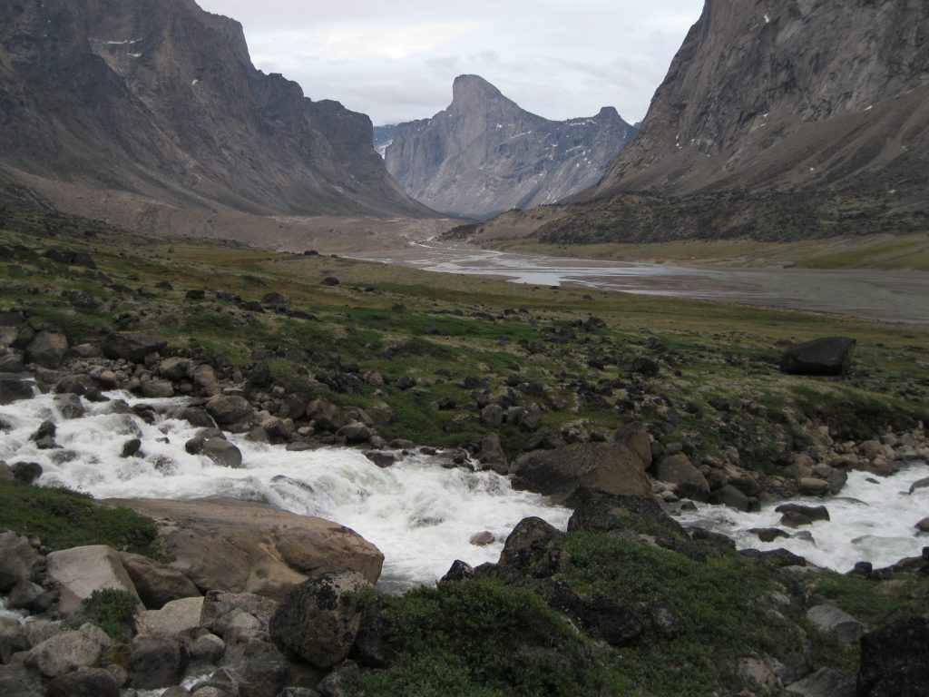 Mount Thor fronted by the stream from Schwarzenbach Falls
